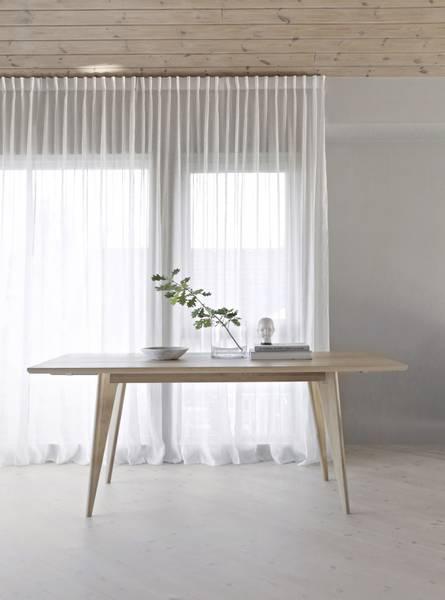 Bilde av Viken spisebord, hvitoljet vill eik 220 cm